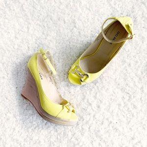 GoMax Yellow Canvas Sandal Wedges NWT